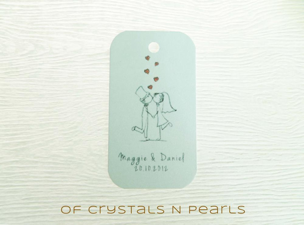24 Kissing Couple Customised Gift Tags